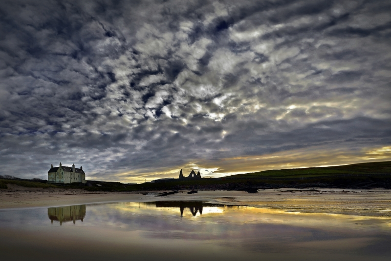 Balnakeil-Church-and-House-1-a-_.jpg