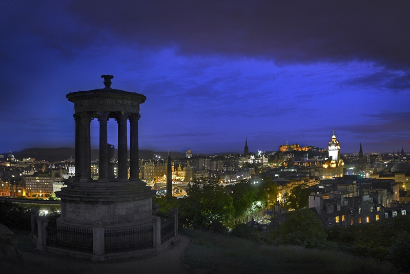 Edinburgh-Calton-Hill-Temple-1_.jpg