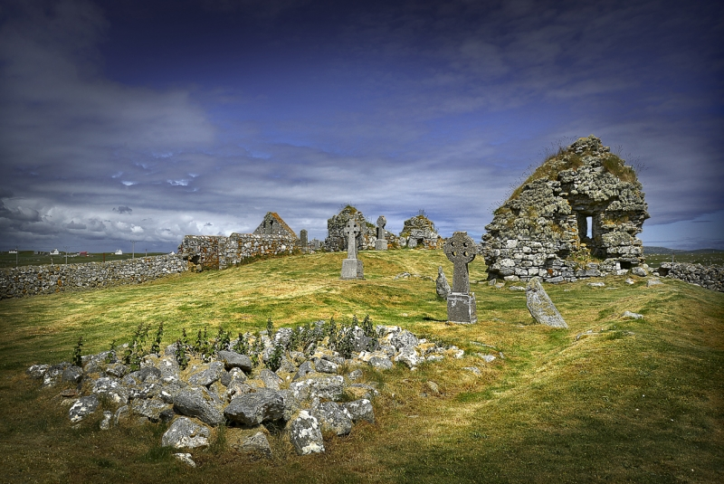 Tobha-Mor-Ancient-Chapels-South-Uist_.jpg