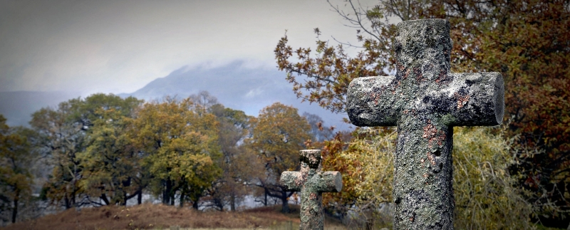 Trossachs-Church-Graveyard-schmal.jpg